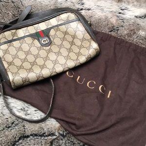 Gucci Authentic vintage cross Body bag